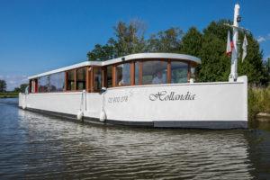 Hamboot – Výletní lodě Morava a Hollandia