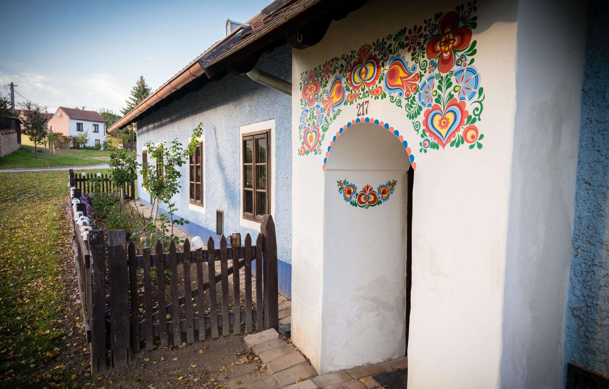 Na jih i východ Moravy se turisté rádi vracejí a letos tam strávili v průměru více nocí